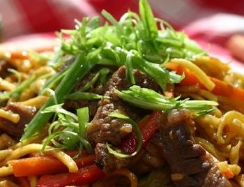 Recipe Beef Chow Mein300 (1)